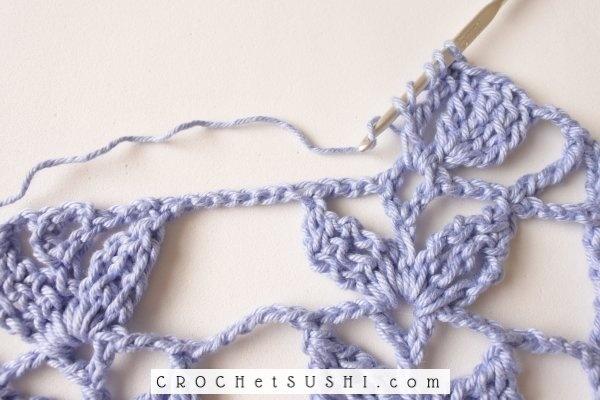 Passo-a-passo: Barrado de 3 pétalas em crochê - Crochet step by step