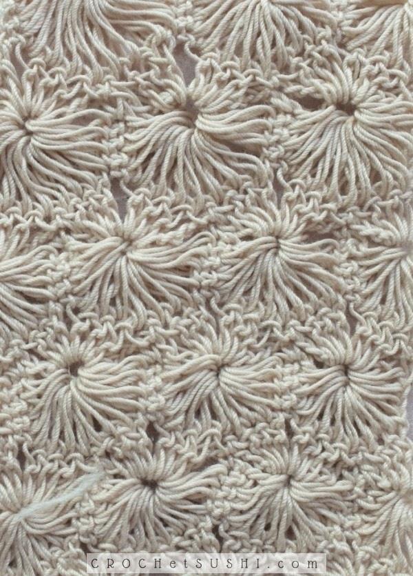 Amostra com gráfico ponto fantasia flor em crochê